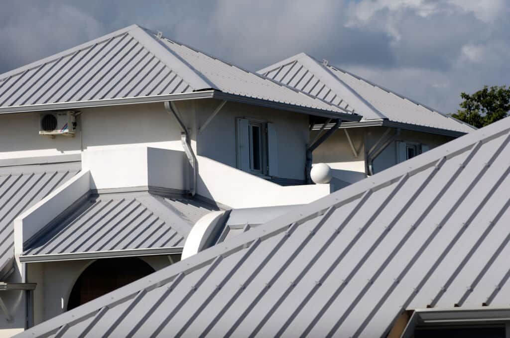 metal-roof-reduced-1024x679-1024x679
