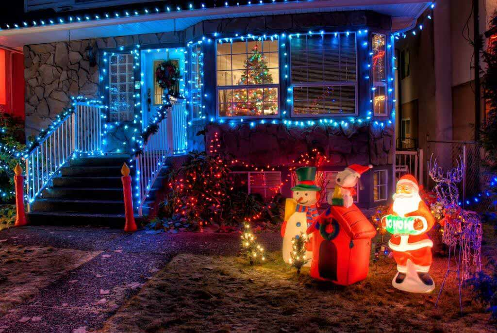 How to Safely Hang Holiday Lights on Your Roof